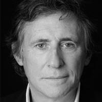 Gabriel Byrne Headshot