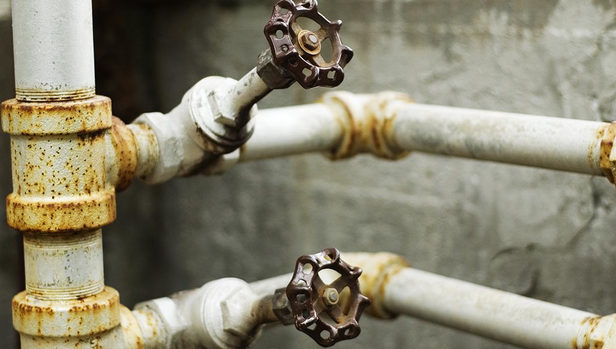 Representatives Fight Water Crises With New Legislation