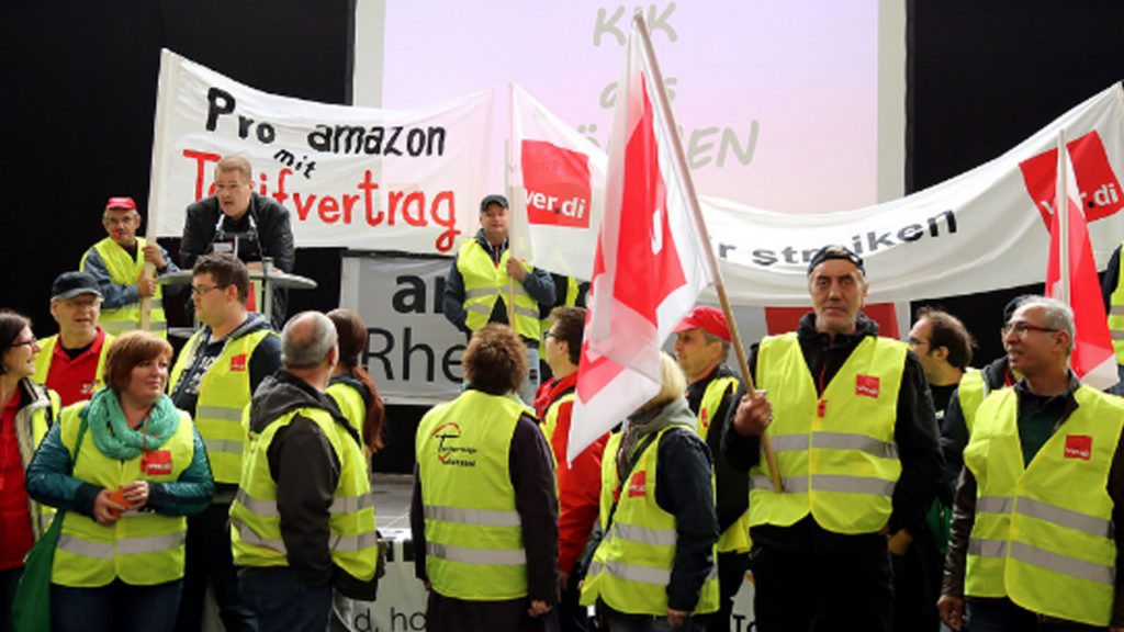 German Amazon Workers Demand a Collective Contract