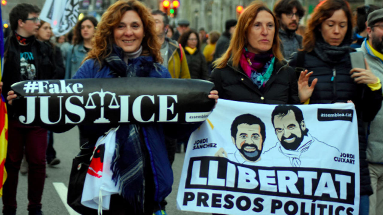 Spain Struggles for its Identity as Catalan Independence Leaders Face Trial