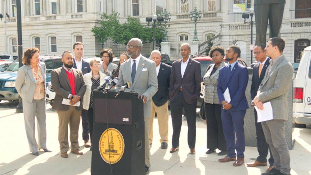 Days After FBI Raid on City Hall, Progressives Introduce Reforms to Curb Corruption