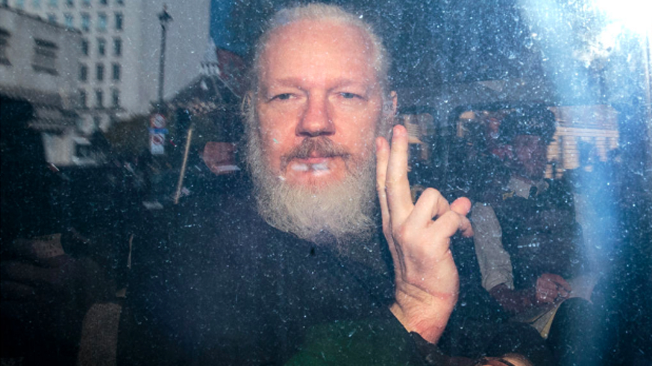 As Trump Threatens Iran With War, Espionage Charges Against Assange Threaten Journalists
