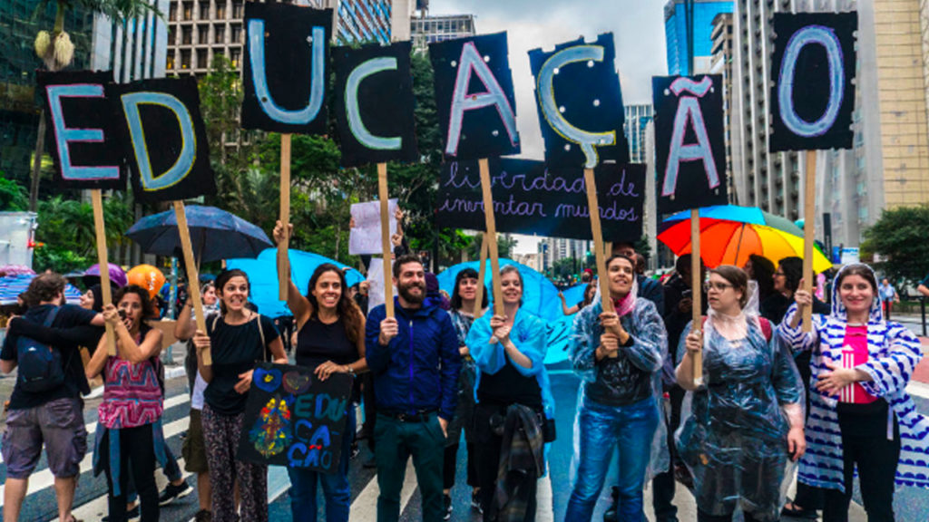 Bolsonaro's Education Austerity Mobilizes Hundreds of Thousands Across Brazil