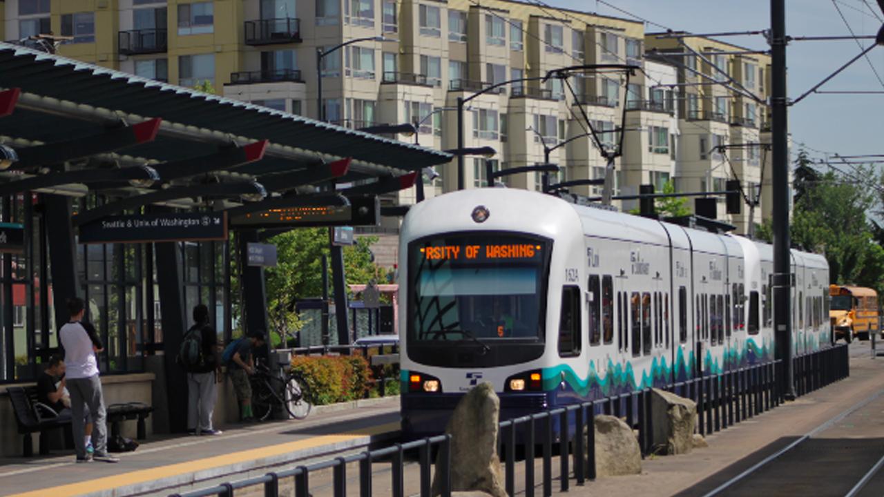 California Senate Shelves Bill Tying Affordable Housing to Climate Crisis, Public Transit (1/2)