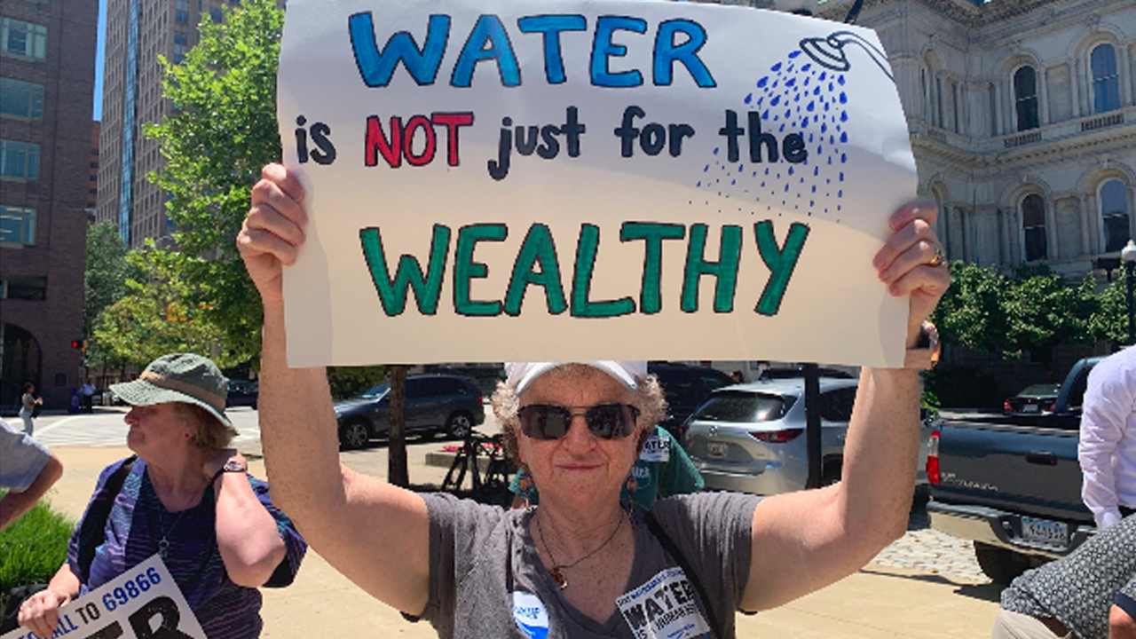 As City Water Bills Increase by 10%, Advocates Demand
