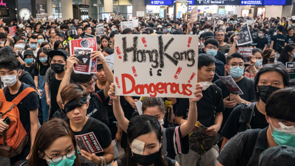 Hong Kong Protest Withdraws From Airport, but Situation Remains far From Normal