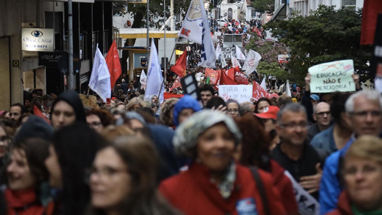 Brazil's Student Movement Mobilizes to Oppose Bolsonaro's Education Privatization