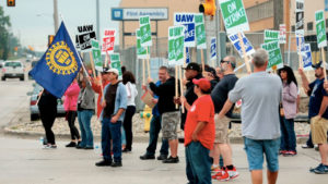 Ending Temp Workers Is at Center of Auto Workers Strike