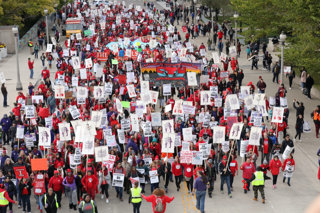 Teachers protest during a rally and march on the first day of a teacher strike in Chicago, Illinois, U.S. October 17, 2019.  REUTERS/John Gress