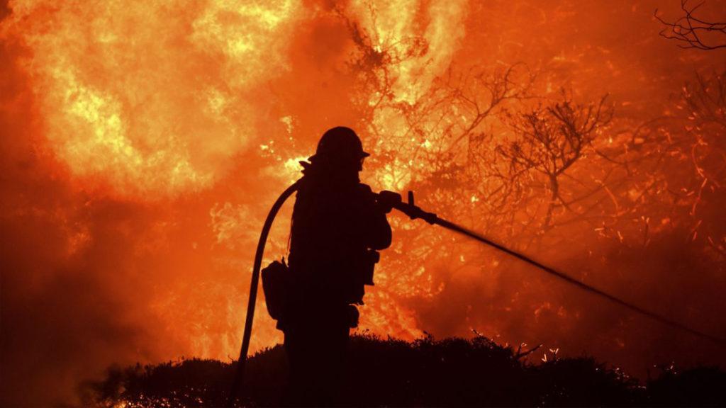 DLY102519_hurteau_wildfire