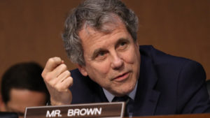 Sen. Sherrod Brown Talks With Ohio Mother Facing Water Shutoff